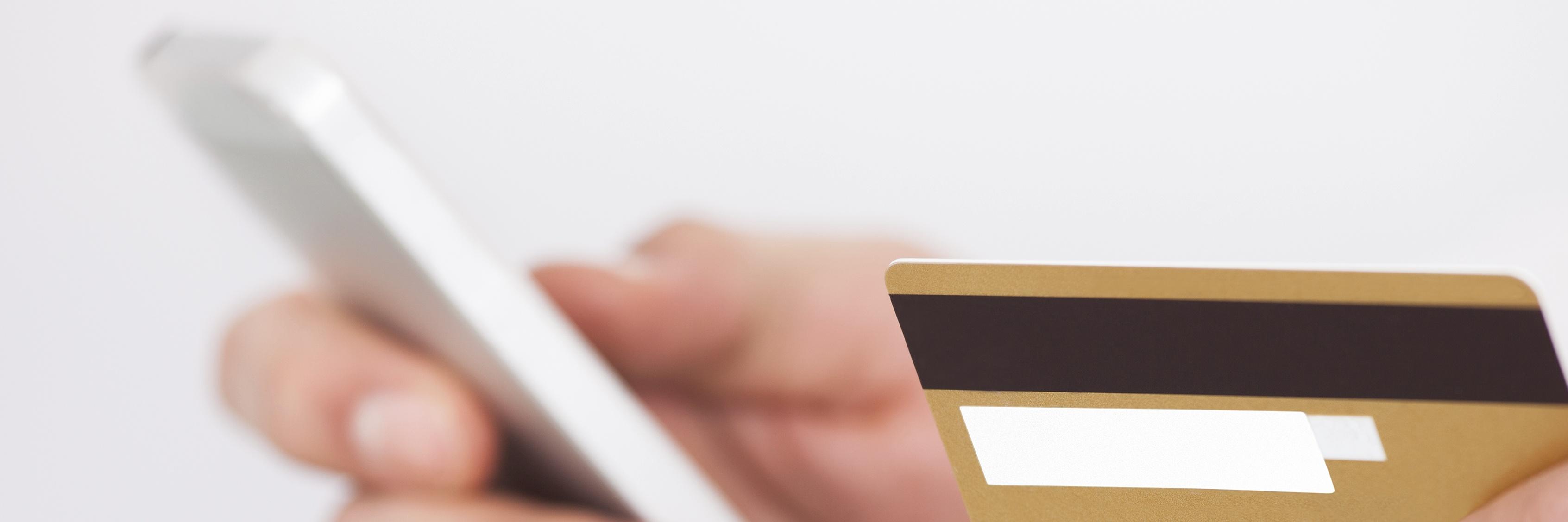 carte de crédit et téléphone