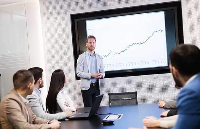case study reseller servizi mobyt - riunione