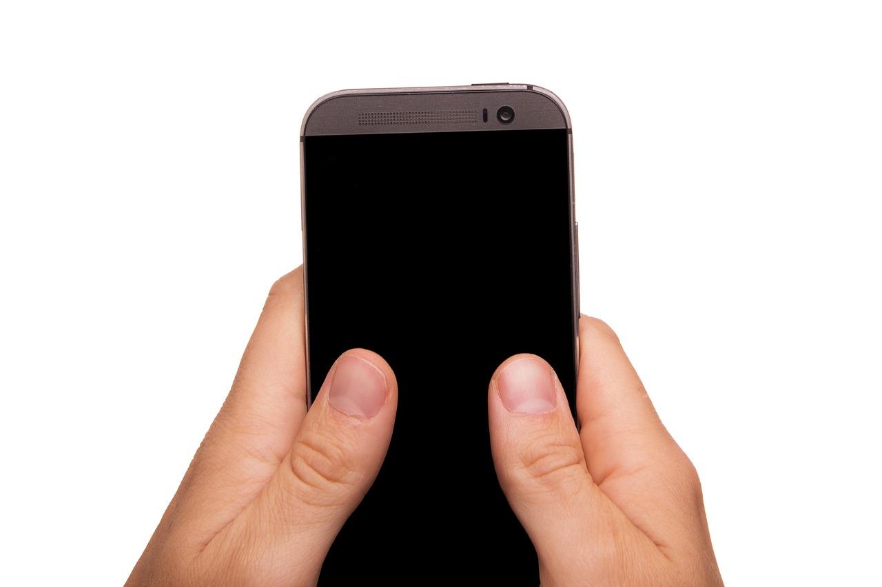 envoi de sms avec les pouces
