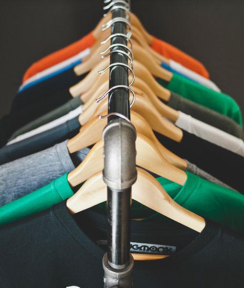 i mille usi degli sms per negozi di abbigliamento